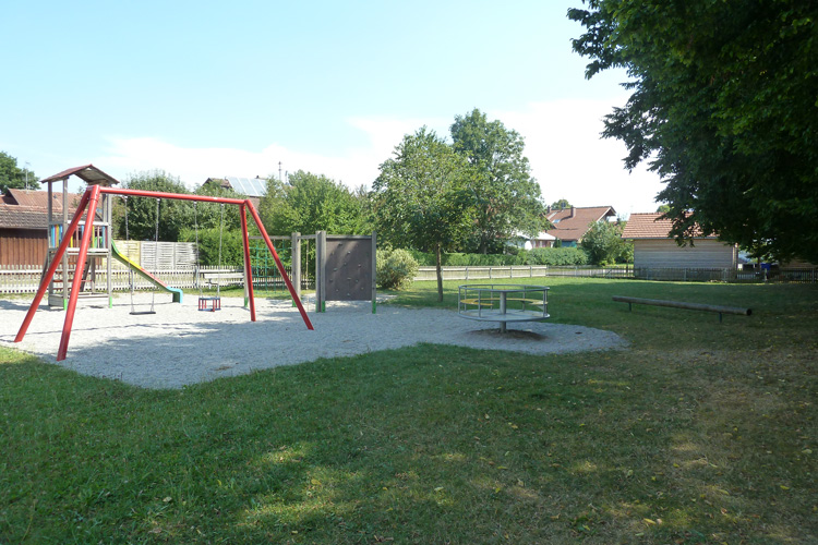 Klettergerüst Mit Netz : Klettergerüst spielplatzgeräte baumberger gmbh